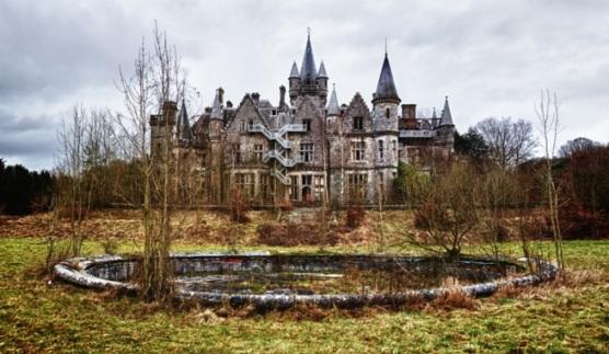 castillo abandonado la bella durmiente